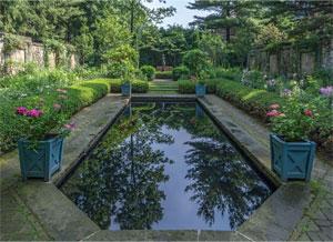 stan-hywet-english-garden